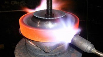 متالورژی و عملیات حرارتی چدن ها (گلعذار)