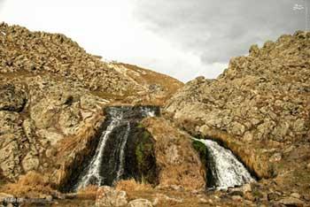 تصاویری از آبشار یخ زده سردابه