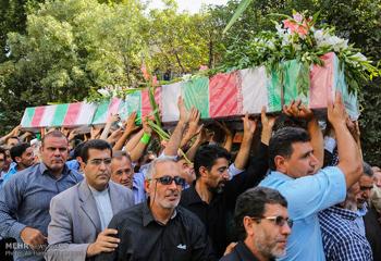 پیکر مطهر ۴ شهید گمنام در اردبیل تشییع شد