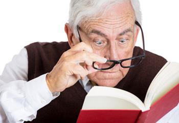 پیر چشمی چیست و چگونه درمان میشود ؟