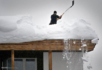 سنگینترین بارش سال در اردبیل/ ارتفاع برف به ۶۰ سانتیمتر رسید