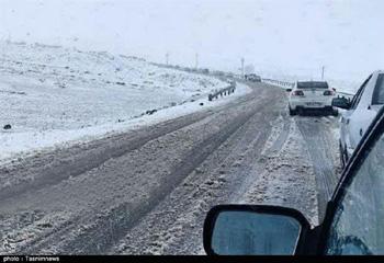 بارش برف در خلخال/ ارتفاعات و محورهای مواصلاتی سفیدپوش شد